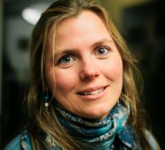 PSI and OSU social scientist Kelly Biedenweg